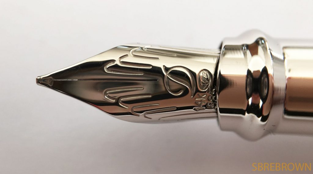 s-t-dupont-liberte-pearl-white-and-palladium-fountain-pen-review-4